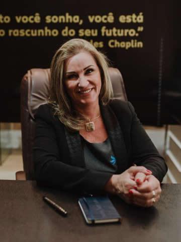 Elísia Barcelos